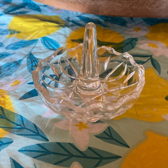 Vintage crystal ring 💍 holder
